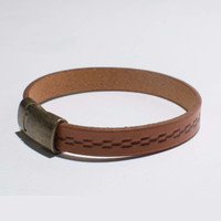 Light Brown Clasp Leather Bracelet