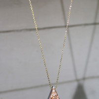 Jewel Cavern Rose Gold Metallic Stone Necklace