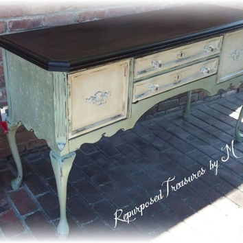 Painted buffet / painted sideboard / distressed buffet / console table / sideboard / buffet / queen anne buffet / shabby chic buffet / desk