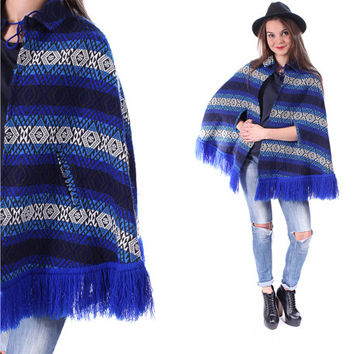 Vintage PERUVIAN CAPE 70 Navajo Print Poncho Mexican Shawl Tribal Blue Coat Wool Fringed 1970s Traditional Ethnic Bohemian Hippie . XS Small