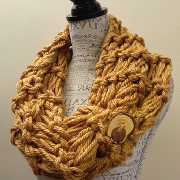 Knit chunky gold button cowl. crochet chunky infinity scarf. Made by Bead Gs on ETSY. double stitch