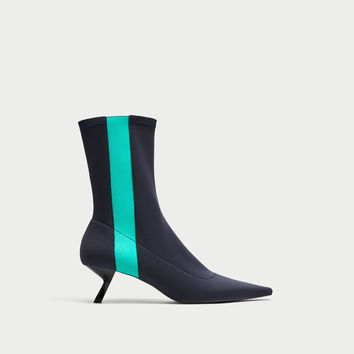 POINTED PIN HEEL ANKLE BOOTS WITH CONTRASTING DETAIL DETAILS