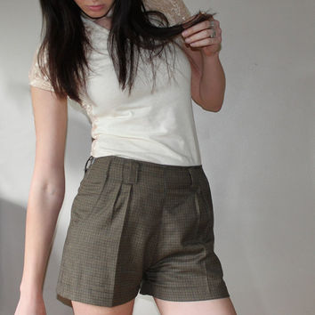 Olive brown shorts - high waist preppy country style, plaid tweed vintage fit - large