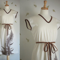1970's Alfred Shaheen Dress / Fern Print / Sleeveless / Brown + Cream / Medium - Large / Size 14 / Vintage 70s