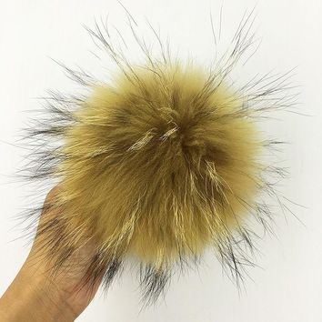 LMF9GW Real raccoon fur pom poms Luxurious fur balls for knitted cap Cute winter beanies Casual Women real Raccoon fur Accessories