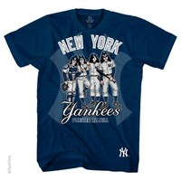 (TRENDY-NEW,OFFICIAL-NEW-YORK-YANKEES-BASEBALL-TEAM-COLOR-TEES & KISS-ROCK-BAND;DRESSED-TO-KILL,NICE-DETAILED-GRAPHIC-PRINTED-PREMIUM-M.L.B-TEES:)