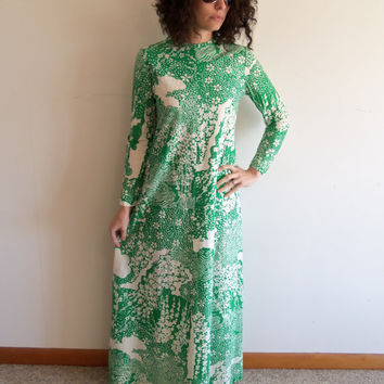 Vintage Leslie Fay Green White and Gold Metallic Thread Abstract Asian Psychedelic Hippie 70s Evening Gown Maxi Dress