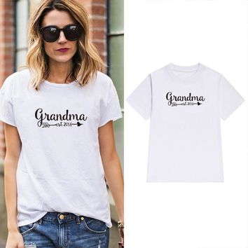 Mother's Day Gift Ladies Summer Tee Grandma 2018 Arrow Graphic T-Shirt Mommy Grandma White Clothes aesthetic tumblr t shirts
