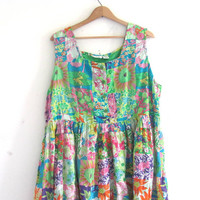 Vintage floral sundress / thin cotton summer dress / long green floral dress / size 18