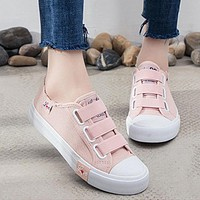 2018 Fashion Sneakers Women zapatos de mujer Plus Size Women Vulcanize Shoes Solid Color Canvas Sewing Hook&Loop Women Sneakers