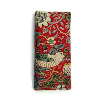 Travel wallet, travel organiser, passport holder, multiple passport cover, document case, William Morris Strawberry Thief, Arts and Crafts.