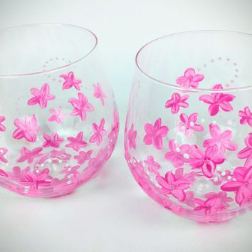 2 Pink flower stemless wine glasses, pink wine glasses, spring wine glasses, Hand Painted, pink glasses, spring theme, stemless wine glasses