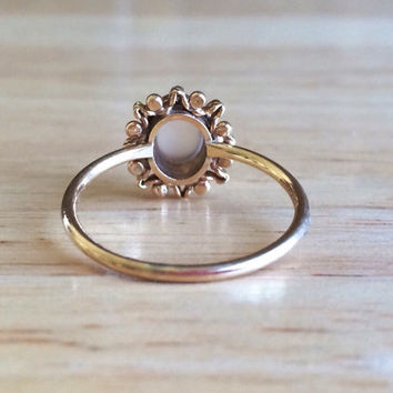Vintage 9ct Yellow Gold Moonstone Sun Setting Ring - Size 7 1/4 Sizeable Alternative Engagement -  Wedding Antique Stacking Fine Jewelry