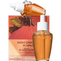 Sweet Cinnamon Pumpkin Wallflowers 2-Pack Refills | Bath And Body Works