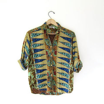 Vintage boho tribal blouse hippie gypsy shirt Button up cropped ethnic festival blouse Green blue orange Quarter sleeves Small