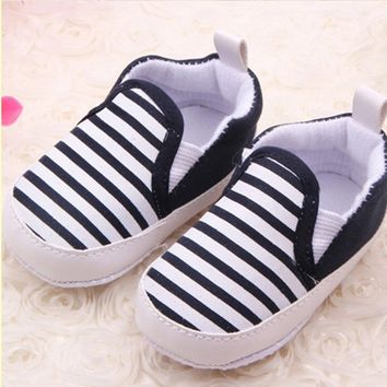 Baby's Walking Shoes Boys Girls Stripe Canvas Sneakers Slip-On Shoes