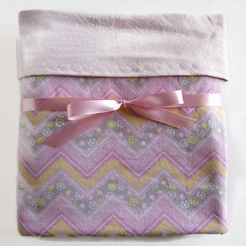 Baby girl blanket  pink flannel blanket  receiving blanket  toddler girl bedding  new baby gift  crib swaddling blanket  pink chevron quilt