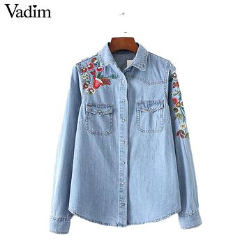 Women sweet flower embroidery denim shirts pockets long sleeve turn down collar blouse female casual brand tops blusa LT1830