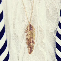 Feather Dust Necklace