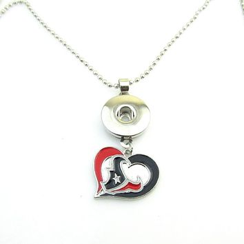 New Arrivals Houston Texans Heart Football team logo Necklace 18mm Snap Button Pendant Jewelry For DIY Women Fans Jewelry