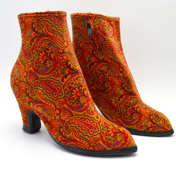 Vintage Ball-Band Rain Boots, Red Paisley Ankle Boots Overshoes to Wear Over Pumps, Size 9, 1960s