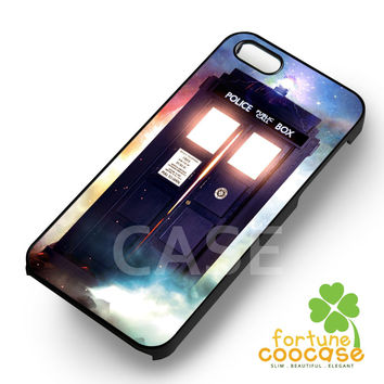 Tardis in the cloud -EnLs for iPhone 6S case, iPhone 5s case, iPhone 6 case, iPhone 4S, Samsung S6 Edge