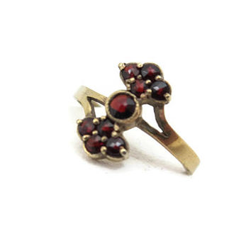 Bohemian Garnet Ring - Czech January Birthstone Jewelry Rose Cut 900 Silver