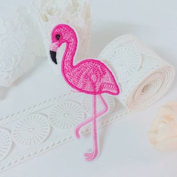 flamingo patch,bird patch,cute patch,iron on patch,embroidered patch,patch for jacket ,DIY ,applique,sew on ,patch for backpack