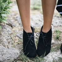 Mommy Suede Wedges-Black