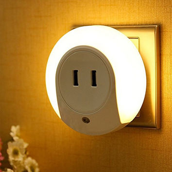 GkGk® LED Night Light with Dual USB Wall Plate Charger, 5V 2A Output for Fast Charge Sensor Nightlight with Dusk to Dawn Sensor Function in the Dark for Hallway,Bathroom,Living Room, Kitchen