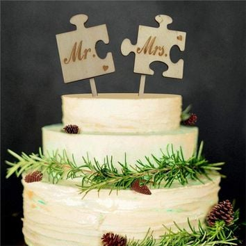 2pcs Mr & Mrs Wooden Rustic Cake Topper Sticks Wedding Cake Photo Props