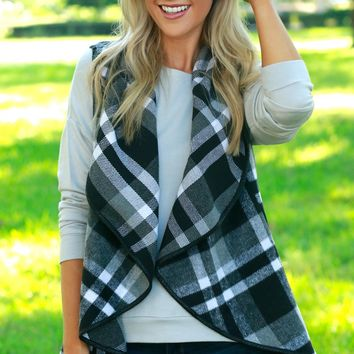 Draping Plaid Vest Black & Off White