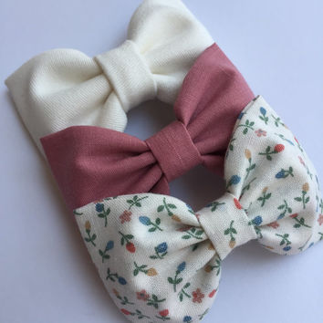 Darling set of hair bows for teens and girls from Seaside Sparrow Bows.  Hair bows for teens bow hair bow girl Seaside Sparrow bows girl