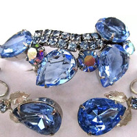 Beautiful Blue Glass Rhinestone Vintage Brooch  Pin & Earring Set