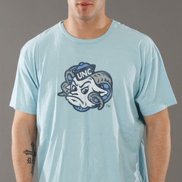 Retro Sport North Carolina Tar Heels Vintage Washed Crew