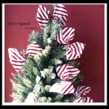 Red and White Striped Handmade Candy Cane Tree Bows - Set of 6 - Christmas Tree Decorations for any holiday party - Cyber Monday Sale