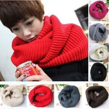 2016 Super Chunky Knit Circle Neck Warmer Wraps Loop Cowl Infinity Scarf Snood Unsex black and white scarf free shipping