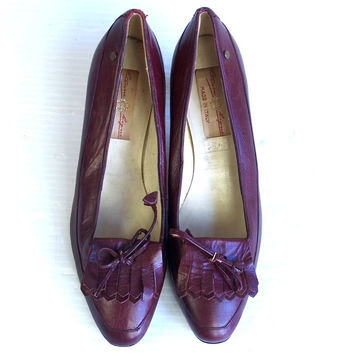 70s Burgundy ETIENNE AIGNER fringe HEELS boho 8 pumps Italian leather shoes