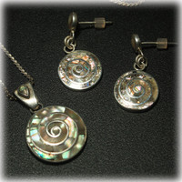 950 Silver, Mother of Pearl, Spiral Shell, Pendant Necklace, Sterling Silver, Pierced Earrings, Jewelry Set, Round Drop, Pink Green MOP