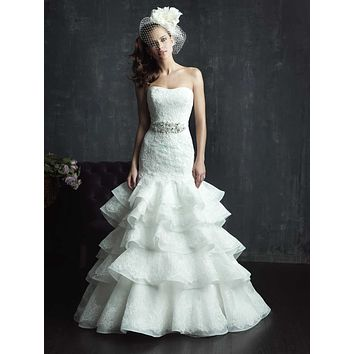 Allure Couture C265 Lace Layered Sample Sale Wedding Dress. Size 8.