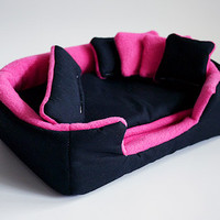 cosy cuddle lounge / bed with waterproof blanket and 5 pillows for guinea pigs (black/pink)