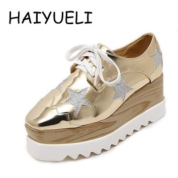Women Platform Shoes Oxfords Brogue Patent Leather Flats Lace Up Shoes Creepers Vintage Luxury Light soles Casual Shoes Golden