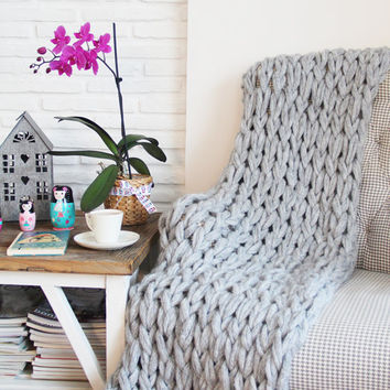 Chunky Knit Blanket, Chunky Knit Throw - now 15% off  with free shipping! - Light Gray, Hand Knit (43x60 inches) - Perfect Mother's Day Gift