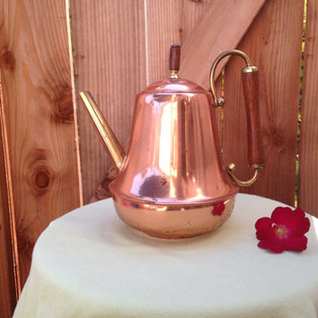 Spartan copper tea kettle.  'Spartan, Minneapolis, USA'