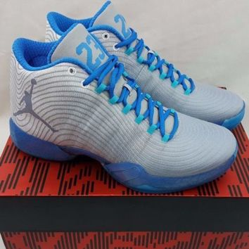 Nike Air Jordan XX9 29 Home Playoff Pack White Blue Size 9.5 Shoes 749143-104
