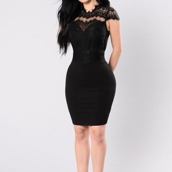 Springtime Promises Dress - Black