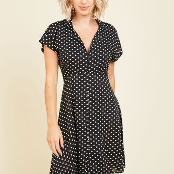 House Show Hostess Dress in Black Dotted | Mod Retro Vintage Dresses | ModCloth.com