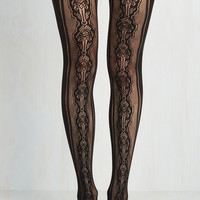 Pinup Cheered to the Deco Tights