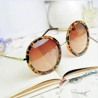 Thin Bar Round Sunglasses LM807
