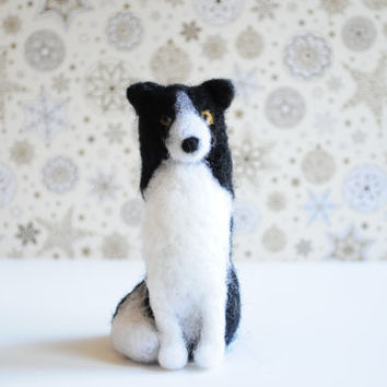 Custom Needle felted realistic DOG - Black Friday, Christmas Toy, Portrait cat , Wool animal sculpture, Collectible artist animals